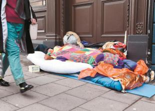 Homeless incomers to be 'transferred' from Royal Borough after one night